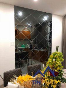 Kinh nghiệm mua gương ốp tường phòng khách chất lượng cao 2