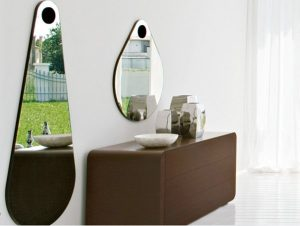 Kinh nghiệm chọn mua gương trang trí phòng vệ sinh hợp lý 1